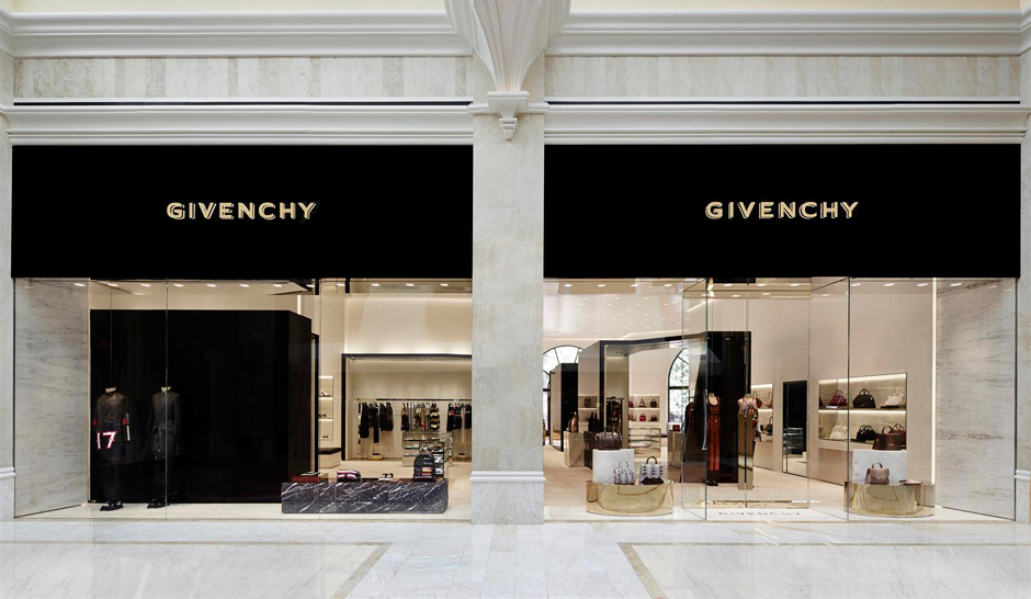 """Givenchy has opened a 3100 sq ft store at the Wynn Resort Promenade in Las Vegas."""