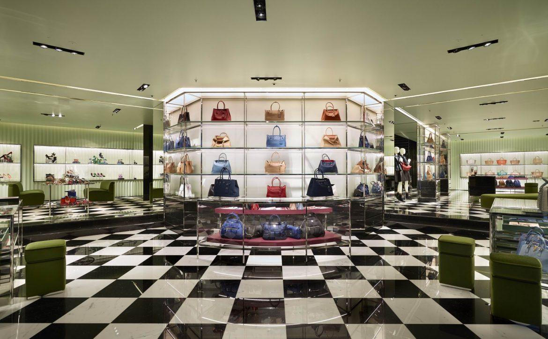 Discover the new prada boutique in vienna austria for Boutique center
