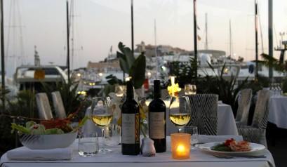 Inside-The-Cavalli-Ibiza-Restaurant-and-Lounge | More at http://interiordesignshop.net/