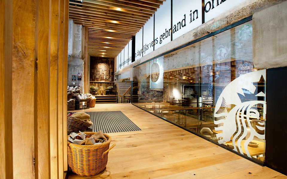 The Most Beautiful Starbucks Store - The Bank in Amsterdam | This concept store is located in the famous Rembrandt Square, was developed within a subterranean space, replacing a historic bank, and is characterized by a highly original design.