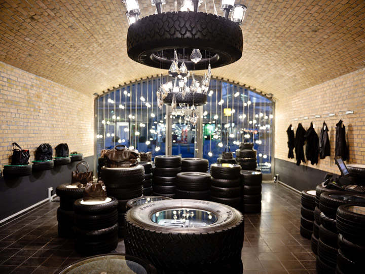 Christian Koban Jewelry Shop & Showroom christian koban jewelry shop Christian Koban Jewelry Shop & Showroom Christian Koban Jewelry Shop Showroom 3