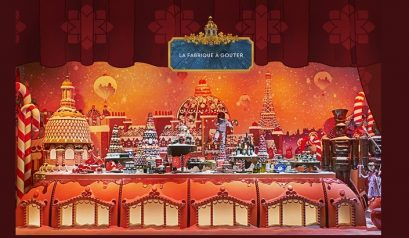 Most Beautiful Christmas Windows Displays in Paris ➤To see more Interior Design Shop ideas visit us at http://interiordesignshop.net/ #interiordesignshop #bestshops #bestinteriordesignshops @intdesignshop christmas windows displays in paris Most Beautiful Christmas Windows Displays in Paris feat 5 409x238