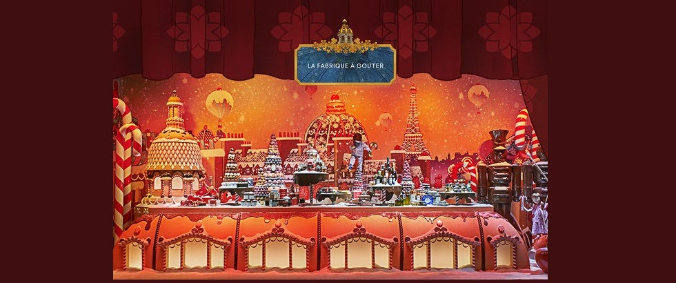 Most Beautiful Christmas Windows Displays in Paris ➤To see more Interior Design Shop ideas visit us at http://interiordesignshop.net/ #interiordesignshop #bestshops #bestinteriordesignshops @intdesignshop christmas windows displays in paris Most Beautiful Christmas Windows Displays in Paris feat 5