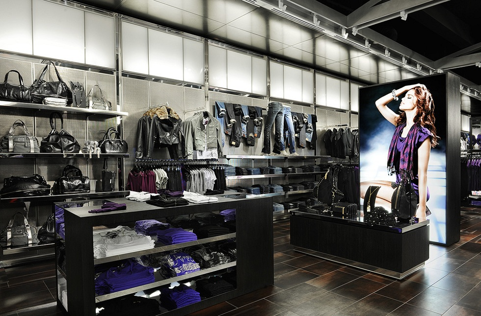 Two new Armani Exchange Stores are opening in Portugal ➤To see more Interior Design Shop ideas visit us at http://interiordesignshop.net/ #interiordesignshop #bestshops #bestinteriordesignshops @intdesignshop armani exchange stores Great news! Two new Armani Exchange Stores are opening in Portugal interior03