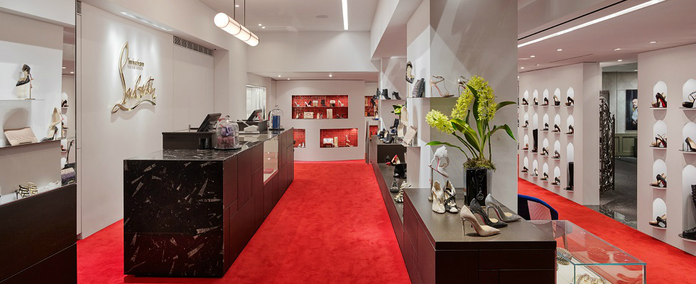 Discover The New Boutique For Christian Louboutin In Japan new boutique for christian louboutin Discover The New Boutique For Christian Louboutin In Japan featshops 1