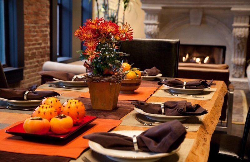 Give Thanks With Refined Thanksgiving Decor Ideas