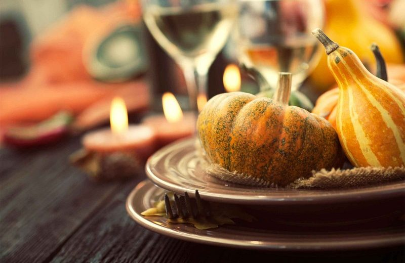 Give Thanks With Refined Thanksgiving Decor Ideas ➤ To see more news about the Interior Design Shops in the world visit us at www.interiordesignshop.net/ #interiordesign #homedecor #interiordesignshop @interiordesignshop @bocadolobo @delightfulll @brabbu @essentialhomeeu @circudesign @mvalentinabath @luxxu @covethouse_ thanksgiving decor ideas Give Thanks With Refined Thanksgiving Decor Ideas Give Thanks With Refined Thanksgiving Decor Ideas 5