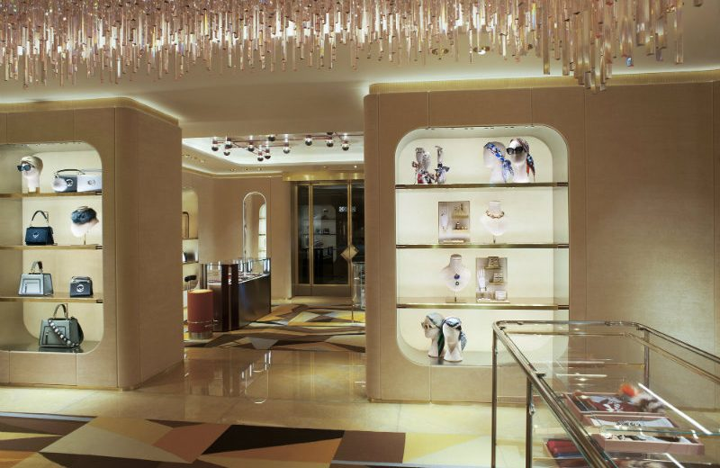 Be Amazed By The New Luxurious Boutique of Fendi in London ➤ To see more news about the Interior Design Shops in the world visit us at www.interiordesignshop.net/ #interiordesign #homedecor #interiordesignshop @interiordesignshop @bocadolobo @delightfulll @brabbu @essentialhomeeu @circudesign @mvalentinabath @luxxu @covethouse_ Fendi in London Be Amazed By The New Luxurious Boutique of Fendi in London Be Amazed By The New Luxurious Boutique of Fendi in London 2