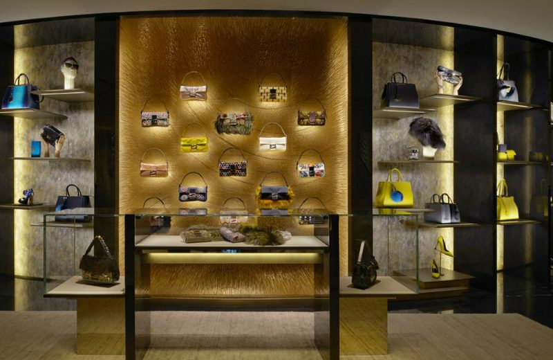 Be Amazed By The New Luxurious Boutique of Fendi in London ➤ To see more news about the Interior Design Shops in the world visit us at www.interiordesignshop.net/ #interiordesign #homedecor #interiordesignshop @interiordesignshop @bocadolobo @delightfulll @brabbu @essentialhomeeu @circudesign @mvalentinabath @luxxu @covethouse_ Fendi in London Be Amazed By The New Luxurious Boutique of Fendi in London Be Amazed By The New Luxurious Boutique of Fendi in London 4