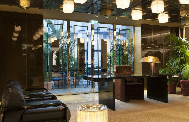 Be Amazed By The New Luxurious Boutique of Fendi in London ➤ To see more news about the Interior Design Shops in the world visit us at www.interiordesignshop.net/ #interiordesign #homedecor #interiordesignshop @interiordesignshop @bocadolobo @delightfulll @brabbu @essentialhomeeu @circudesign @mvalentinabath @luxxu @covethouse_ Fendi in London Be Amazed By The New Luxurious Boutique of Fendi in London Be Amazed By The New Luxurious Boutique of Fendi in London 5