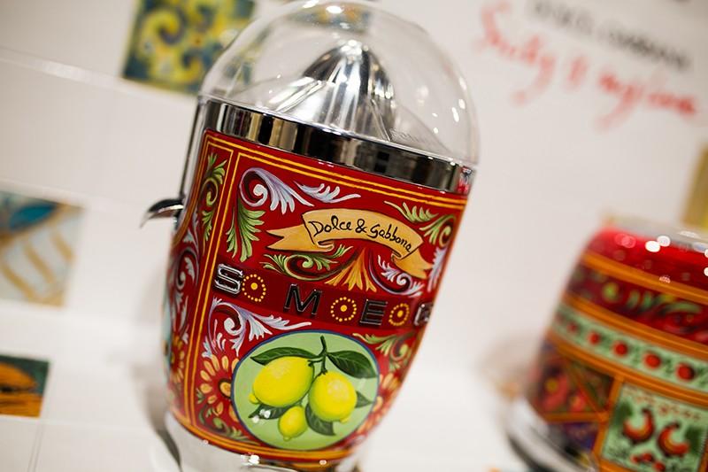 kitchen appliances Dolce & Gabbana: The New Collection of Smeg Kitchen Appliances 4T9A8229