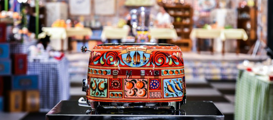 Dolce & Gabbana: The New Collection of Smeg Kitchen Appliances