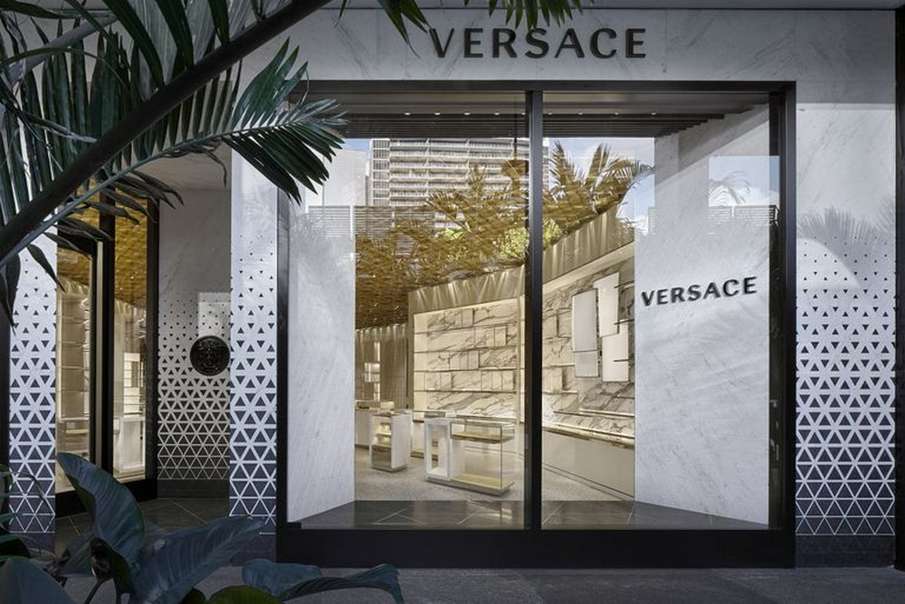 The New Versace Boutique Is In Florida! versace boutique The New Versace Boutique Is In Florida! The New Versace Boutique Is In Florida 5